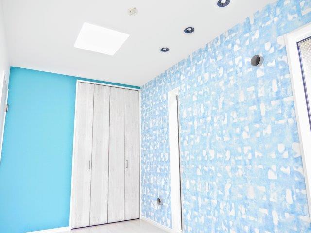 オシャレな洋室 アパート建築に使われる建材は、主に「木造」「鉄骨造」「鉄筋コンクリート」